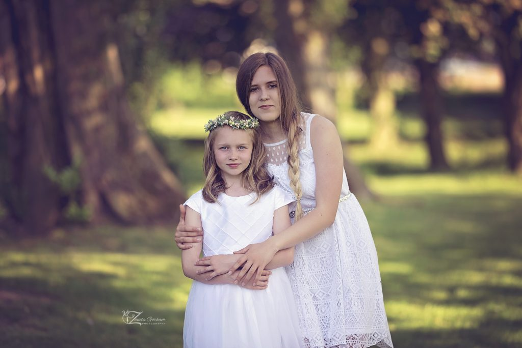 best -photographer-burton-on-trent-photographers-derby-lichfield-swadlincote-maternity-newborn-outdoor-studio-dress-flowers-children-girl-kids-woods-sisters